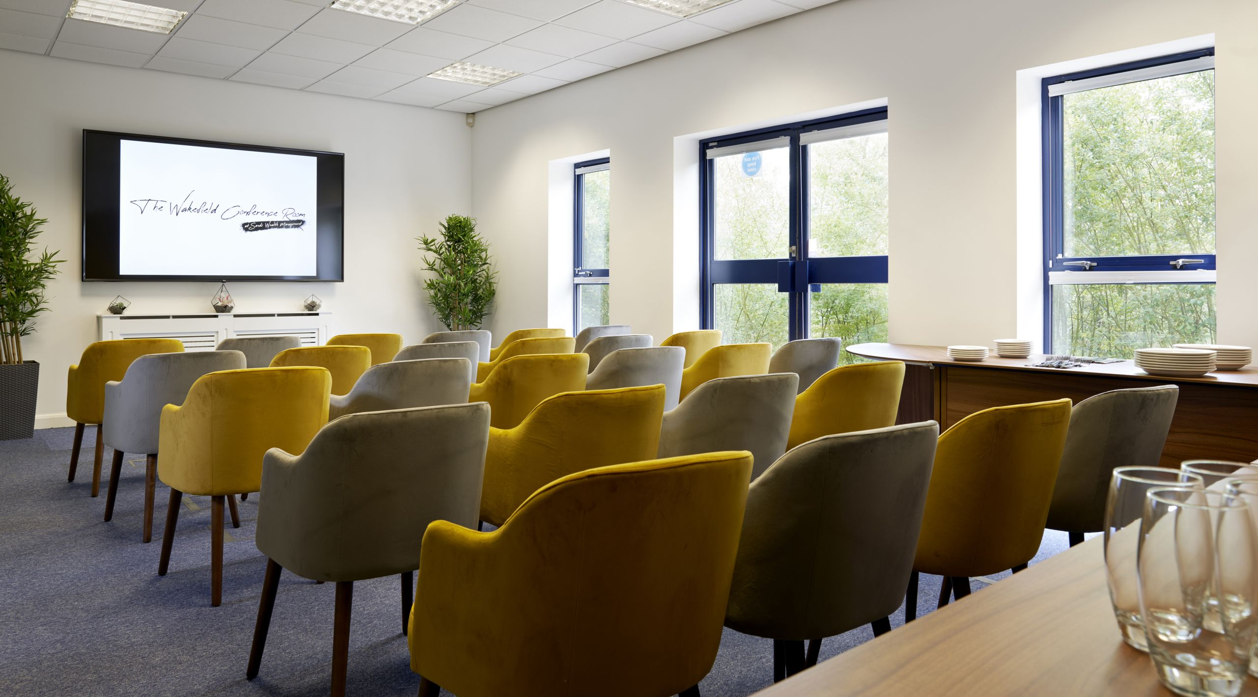 The Wakefield Conference Room ticks all the boxes – Comfortable and light, configurable layouts, first class Wi-Fi and technological support as well as a self-contained lobby, kitchen and toilets.
